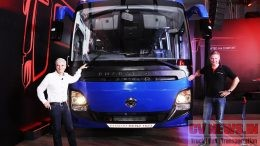 From L to R: Mr. Erich Nesselhauf , Managing Director and CEO, Daimler India Commercial Vehicles and Mr. Markus Villinger, Managing Director Daimler Buses India