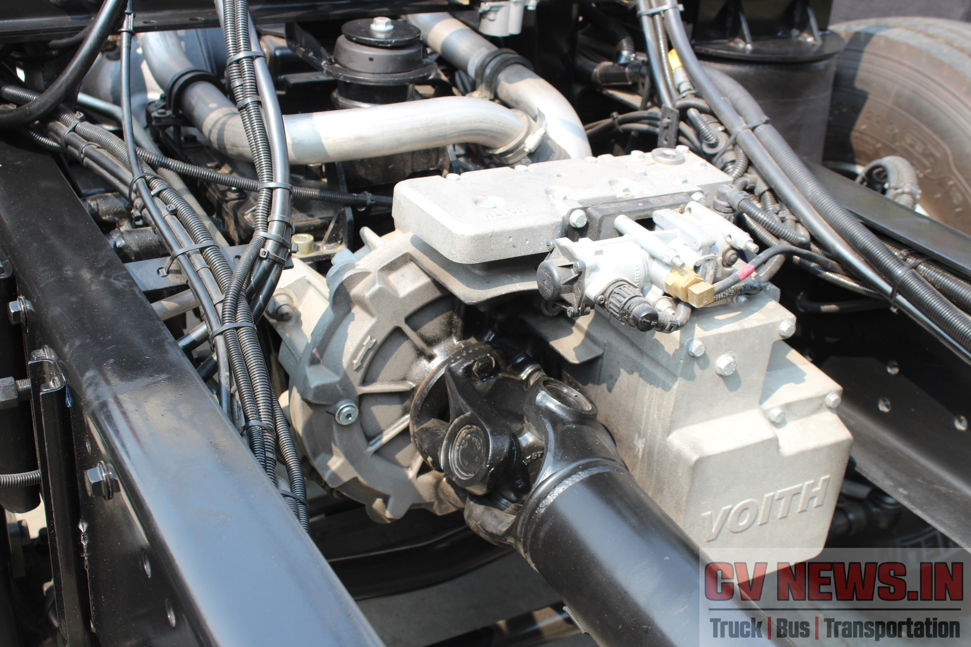 MAN CLA 22 300, 6×2, Front engine bus chassis – Close look